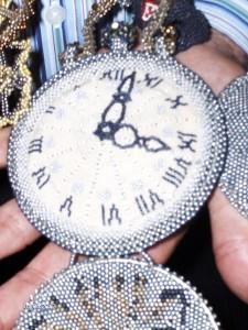 """Detail Uhr aus Projekt """"Alice im Wunderland"""""""